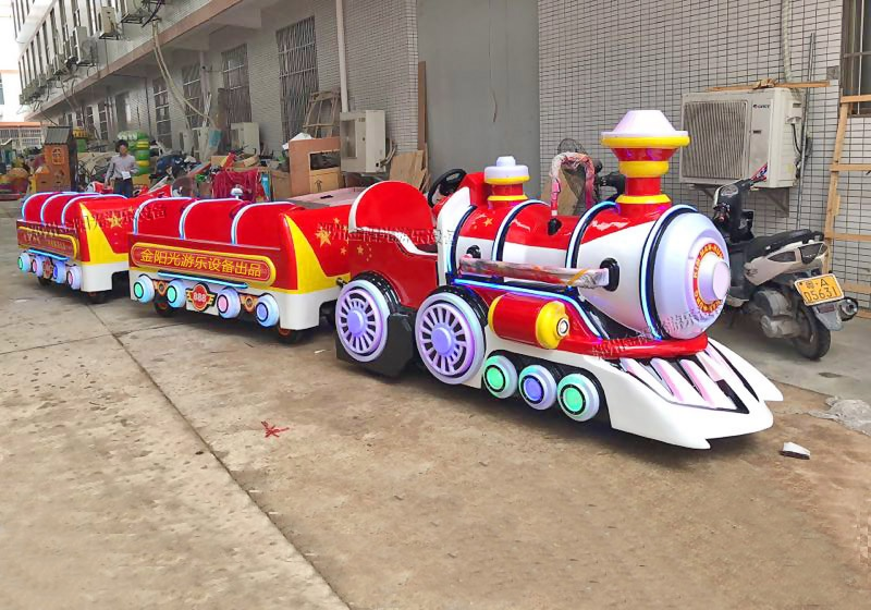 洛阳老城区购置观光小火车给街区注入新活力